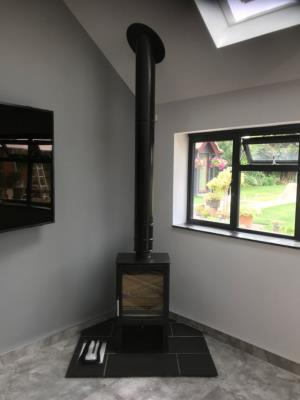 Aspect with an External Flue Syste,